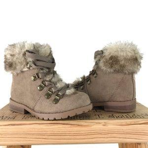 Calistonga Baby Girl Taupe booties faux fur Sz 6